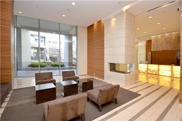 Condo Apartment at 2191 Yonge St, Unit 3012, Toronto, Ontario. Image 3