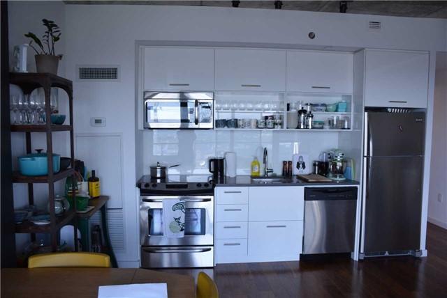 Condo Apartment at 32 Trolley Cres, Unit 1202, Toronto, Ontario. Image 5