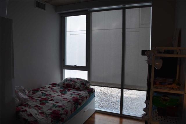 Condo Apartment at 32 Trolley Cres, Unit 1202, Toronto, Ontario. Image 9