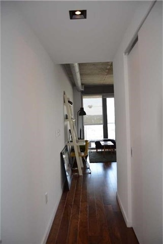 Condo Apartment at 32 Trolley Cres, Unit 1202, Toronto, Ontario. Image 12