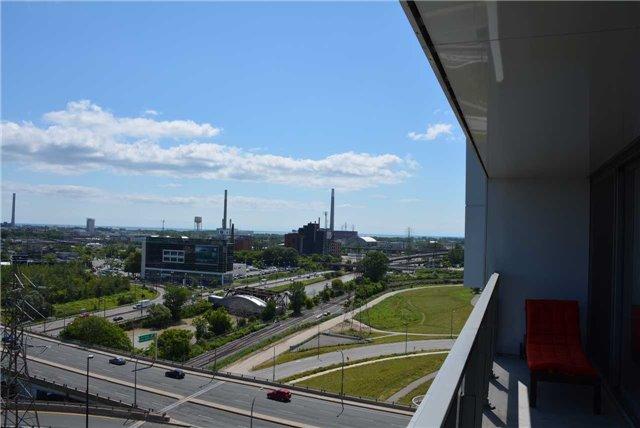 Condo Apartment at 32 Trolley Cres, Unit 1202, Toronto, Ontario. Image 4
