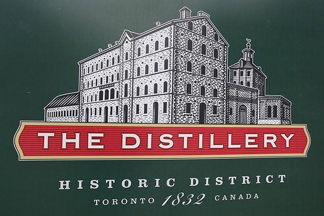 Condo Apartment at 70 Distillery Lane, Unit 3004, Toronto, Ontario. Image 10