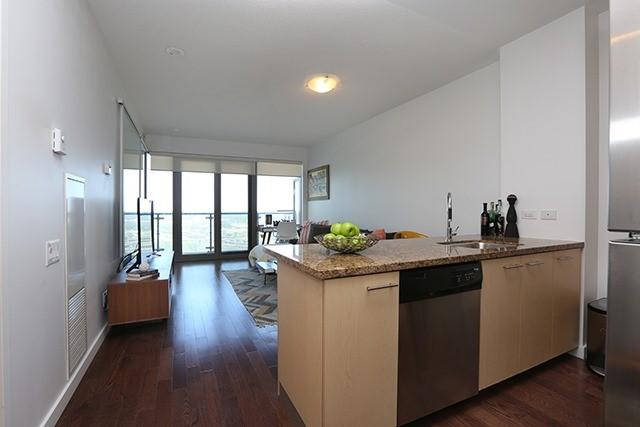 Condo Apartment at 70 Distillery Lane, Unit 3004, Toronto, Ontario. Image 16