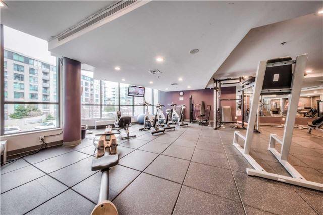 Condo Apartment at 219 Fort York Blvd W, Unit 1104, Toronto, Ontario. Image 7