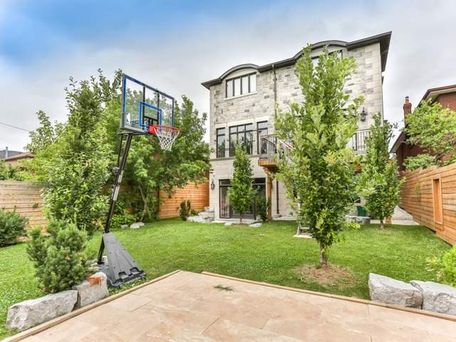 Detached at 601 Glengrove Ave, Toronto, Ontario. Image 10