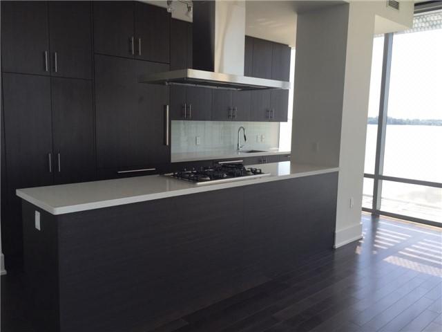 Condo Apartment at 39 Queens Quay E, Unit 523, Toronto, Ontario. Image 4