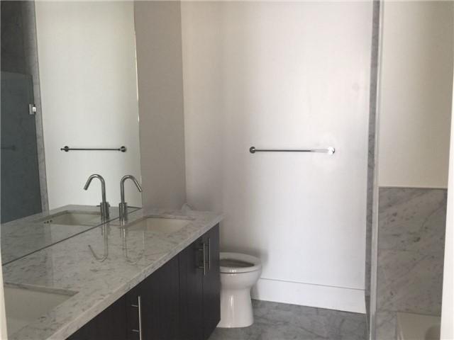Condo Apartment at 39 Queens Quay E, Unit 523, Toronto, Ontario. Image 11