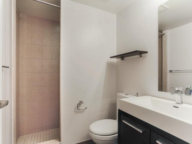 Condo Apartment at 18 Valley Woods Rd, Unit Ph111, Toronto, Ontario. Image 11