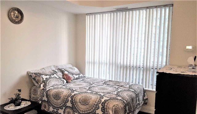 Condo Apartment at 2 Anndale Dr, Unit 1011, Toronto, Ontario. Image 4