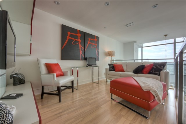Condo With Common Elements at 637 Lake Shore Blvd, Unit 633, Toronto, Ontario. Image 12