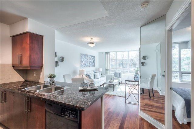 Condo Apartment at 25 Greenview Ave, Unit 316, Toronto, Ontario. Image 15