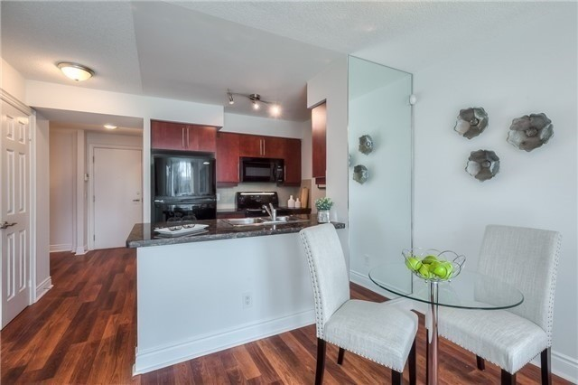 Condo Apartment at 25 Greenview Ave, Unit 316, Toronto, Ontario. Image 20