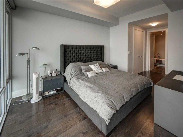 Condo Apartment at 29 Queens Quay E, Unit 904, Toronto, Ontario. Image 2