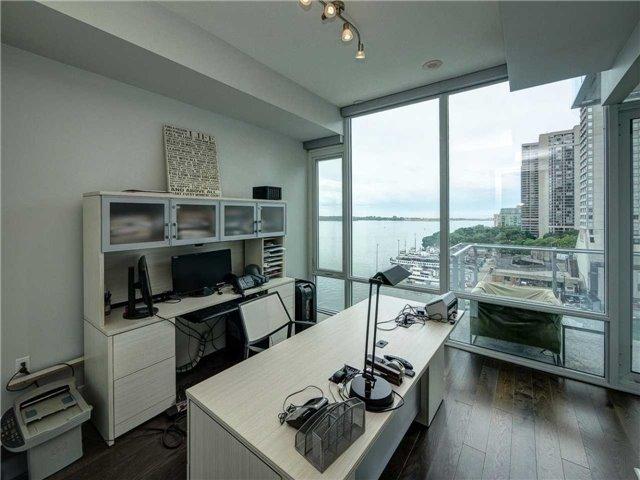 Condo Apartment at 29 Queens Quay E, Unit 904, Toronto, Ontario. Image 4