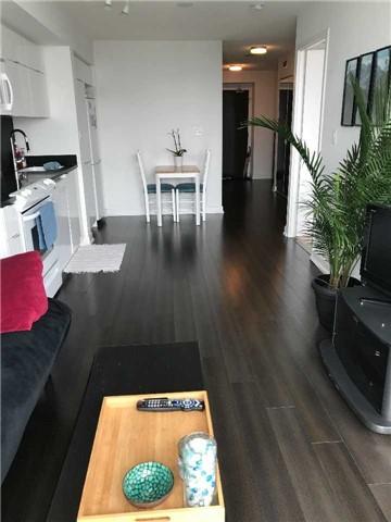 Condo Apartment at 21 Iceboat Terr, Unit 2215, Toronto, Ontario. Image 2