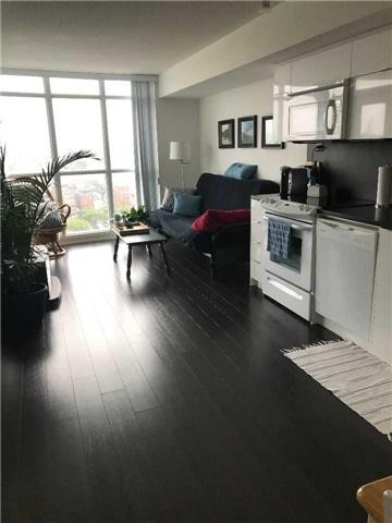 Condo Apartment at 21 Iceboat Terr, Unit 2215, Toronto, Ontario. Image 5