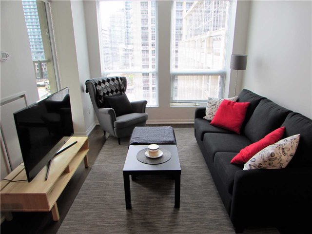 Condo Apartment at 628 Fleet St, Unit 1010, Toronto, Ontario. Image 14