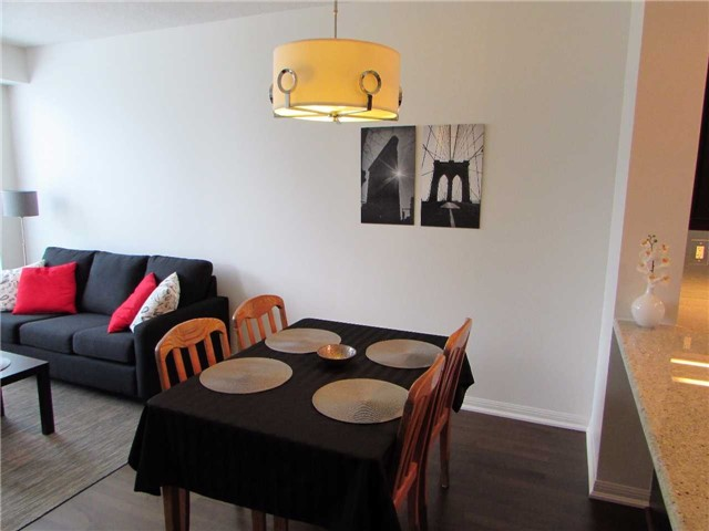 Condo Apartment at 628 Fleet St, Unit 1010, Toronto, Ontario. Image 19