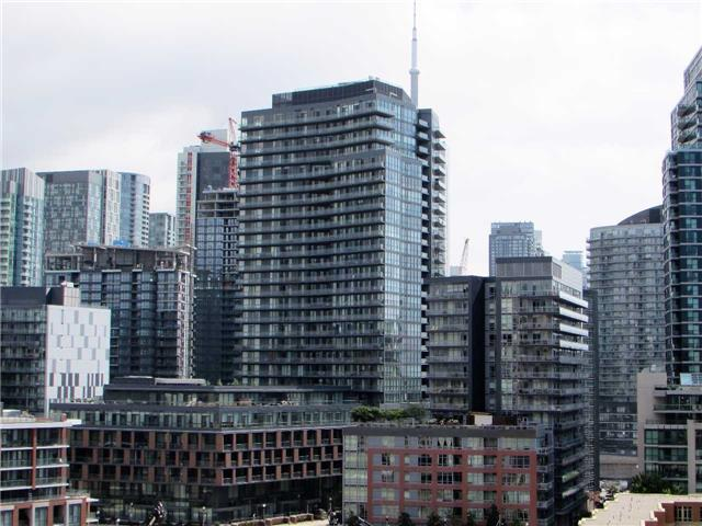 Condo Apartment at 628 Fleet St, Unit 1010, Toronto, Ontario. Image 6