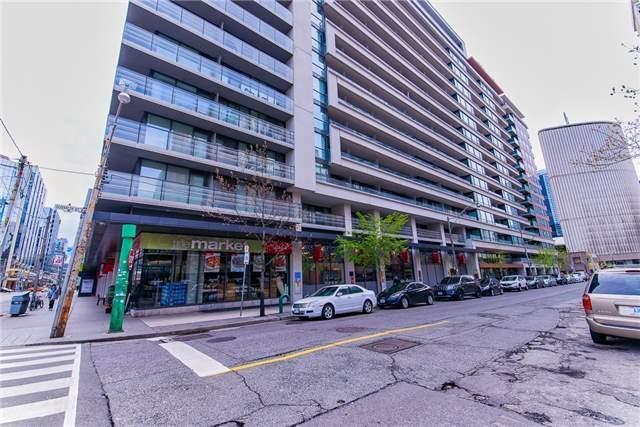 Condo Apartment at 111 Elizabeth St, Unit 925, Toronto, Ontario. Image 1