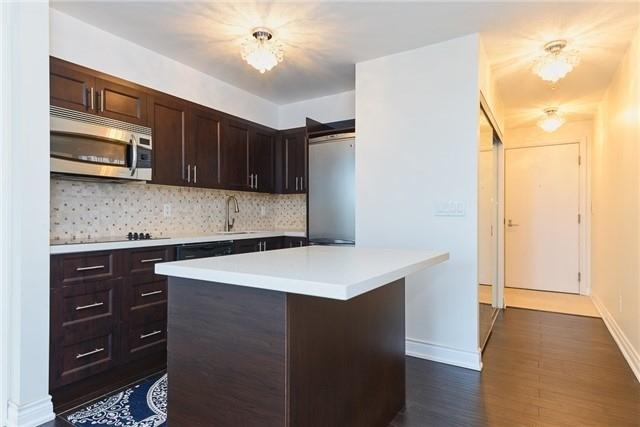 Condo Apartment at 111 Elizabeth St, Unit 925, Toronto, Ontario. Image 19