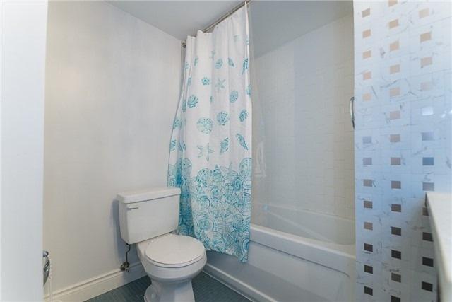 Condo Apartment at 111 Elizabeth St, Unit 925, Toronto, Ontario. Image 6