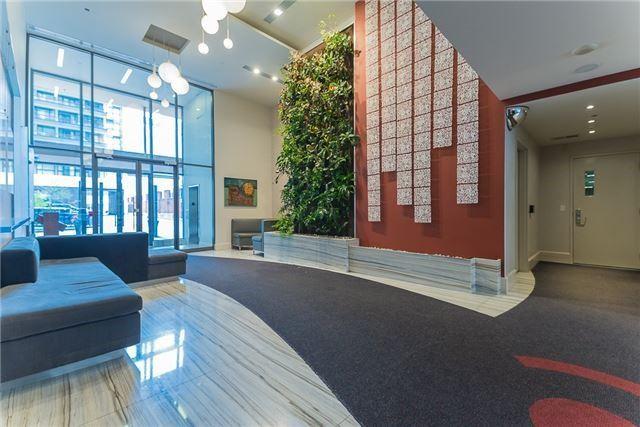 Condo Apartment at 111 Elizabeth St, Unit 925, Toronto, Ontario. Image 11