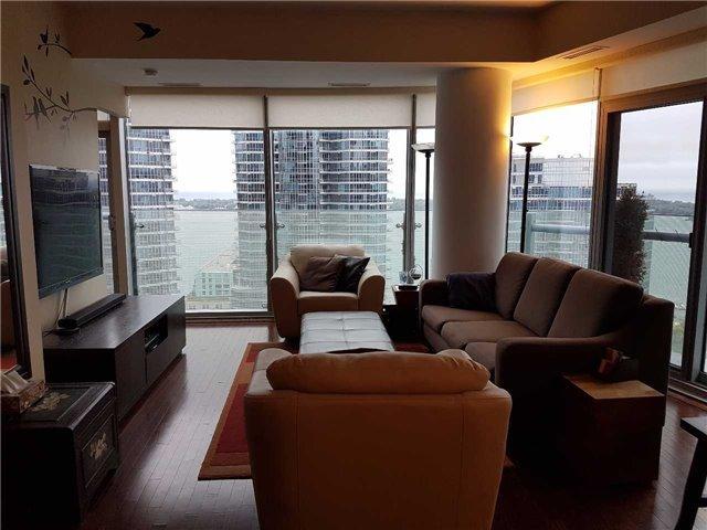 Condo Apartment at 12 York St, Unit 2504, Toronto, Ontario. Image 15