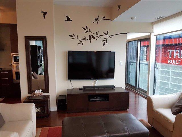 Condo Apartment at 12 York St, Unit 2504, Toronto, Ontario. Image 5