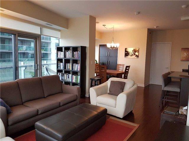 Condo Apartment at 12 York St, Unit 2504, Toronto, Ontario. Image 6