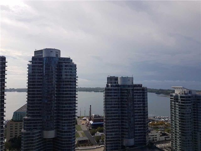 Condo Apartment at 12 York St, Unit 2504, Toronto, Ontario. Image 7