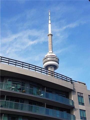 Condo Apartment at 12 York St, Unit 2504, Toronto, Ontario. Image 10
