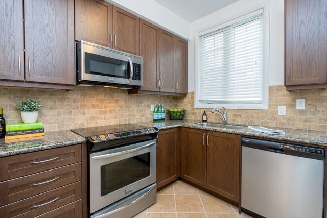 Townhouse at 47 River St, Toronto, Ontario. Image 17