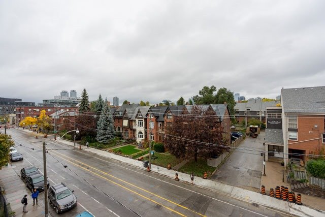Townhouse at 47 River St, Toronto, Ontario. Image 5