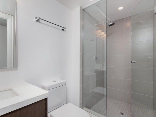 Condo Apartment at 155 Yorkville Ave, Unit 2914, Toronto, Ontario. Image 3