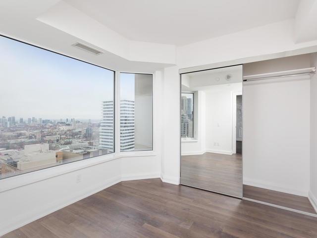 Condo Apartment at 155 Yorkville Ave, Unit 2914, Toronto, Ontario. Image 4