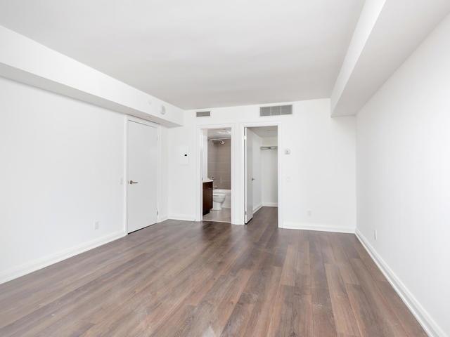 Condo Apartment at 155 Yorkville Ave, Unit 2914, Toronto, Ontario. Image 8