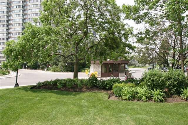 Condo Apartment at 1555 Finch Ave E, Unit 101, Toronto, Ontario. Image 1