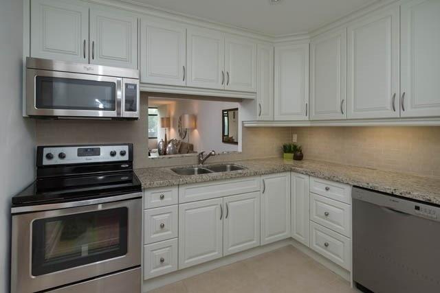 Condo Apartment at 1555 Finch Ave E, Unit 101, Toronto, Ontario. Image 5