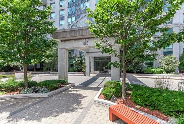 Condo Apartment at 188 Doris Ave, Unit 2105, Toronto, Ontario. Image 12