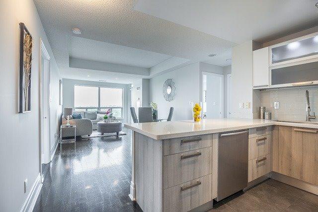 Condo Apartment at 188 Doris Ave, Unit 2105, Toronto, Ontario. Image 16