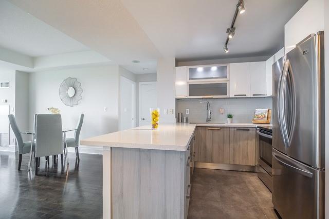 Condo Apartment at 188 Doris Ave, Unit 2105, Toronto, Ontario. Image 17
