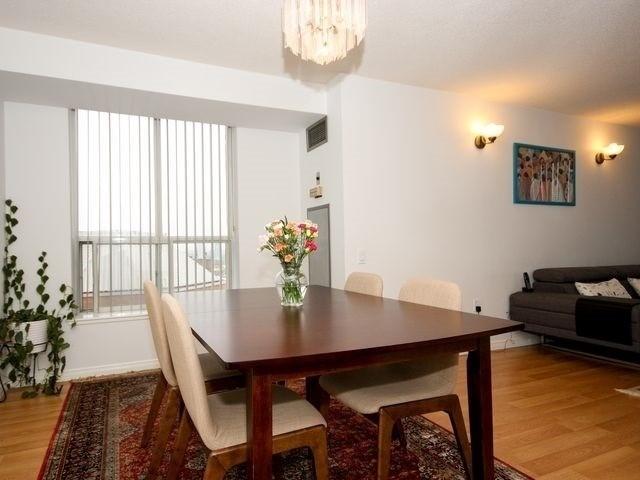 Condo Apartment at 21 Overlea Blvd, Unit 1409, Toronto, Ontario. Image 8