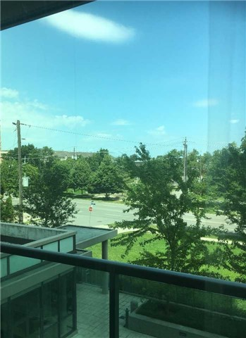 Condo Apartment at 26 Norton Ave, Unit 404, Toronto, Ontario. Image 7