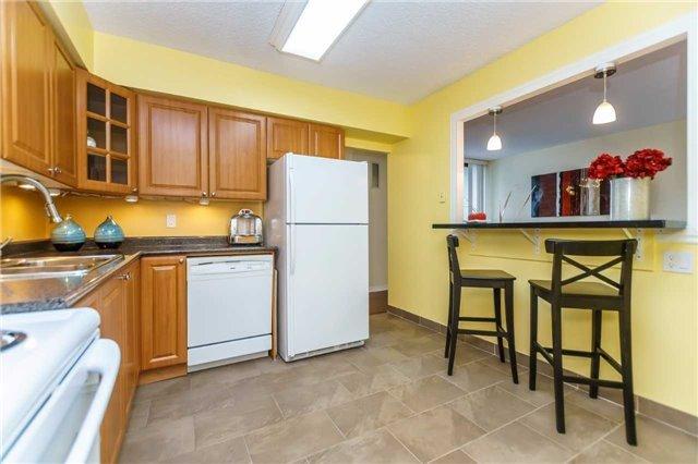 Condo Apartment at 1900 Sheppard Ave E, Unit 806, Toronto, Ontario. Image 18