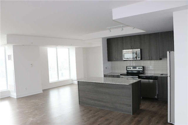 Condo Apartment at 68 Merton St, Unit Ph1, Toronto, Ontario. Image 11