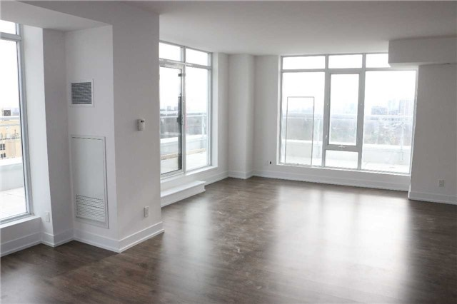 Condo Apartment at 68 Merton St, Unit Ph1, Toronto, Ontario. Image 6