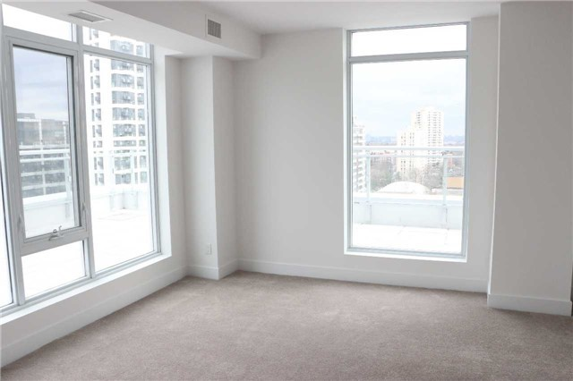 Condo Apartment at 68 Merton St, Unit Ph1, Toronto, Ontario. Image 8