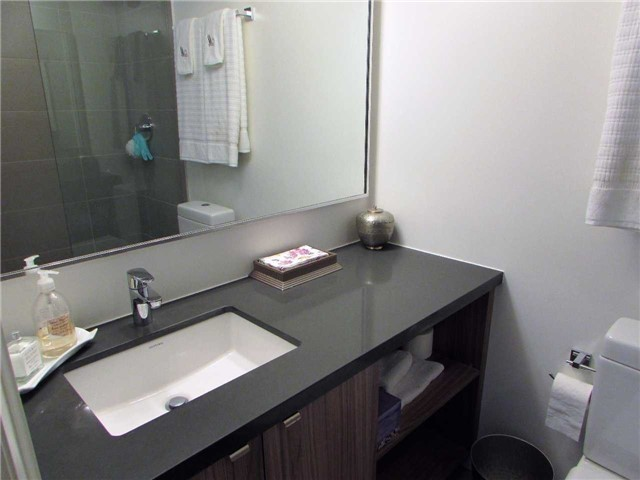 Condo Apartment at 155 Yorkville Ave, Unit 511, Toronto, Ontario. Image 11