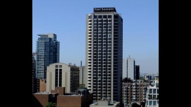 Condo Apartment at 155 Yorkville Ave, Unit 511, Toronto, Ontario. Image 6